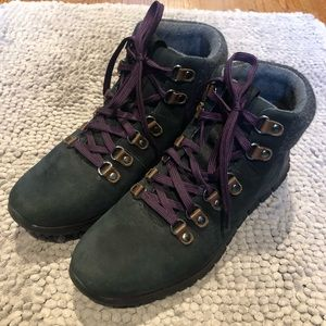 Cole Haan hiking boots in exactly condition